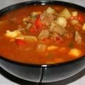 Густий суп-гуляш