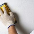 Як прибрати сажу і кіптяву зі стін і стелі?