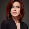 Яку вибрати зачіску на середні волосся з чубчиком