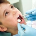 Карієс зубів у дітей: причини, профілактика і лікування