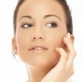 Правильний догляд за сухою шкірою: п`ять найефективніших інгредієнтів