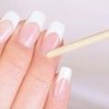 Нарощені нігті теж потребують догляду