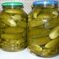 Оригінальна консервування огірків з горілкою