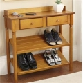 Підставка для взуття - незамінний предмет меблів в передпокої