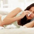 Симптоми і лікування риніту у вагітних