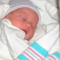 Як сповити новонародженого