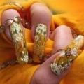 Догляд за нарощеними нігтями в домашніх умовах