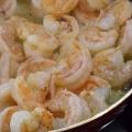 Смачна страва - макарони з креветками у вершковому соусі